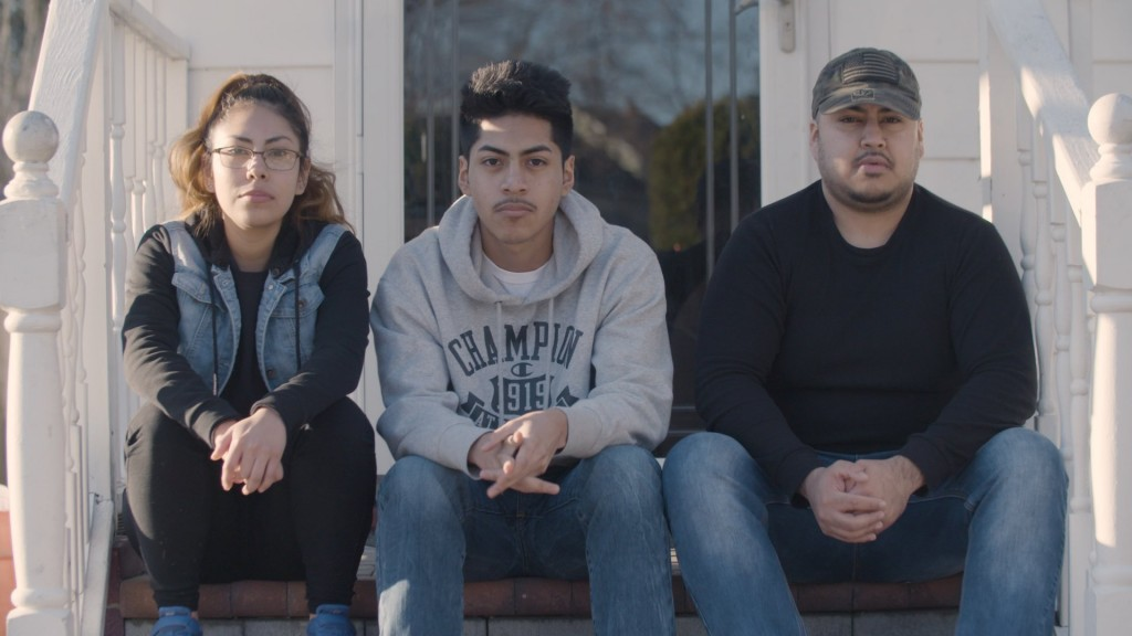 Anonymous man saves deported family's home