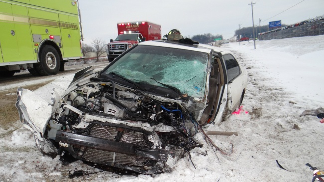 1 flown by Flight for Life from vehicle vs. semi crash