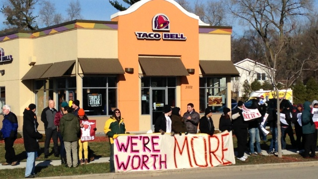 Fast-food workers walk off jobs for higher pay