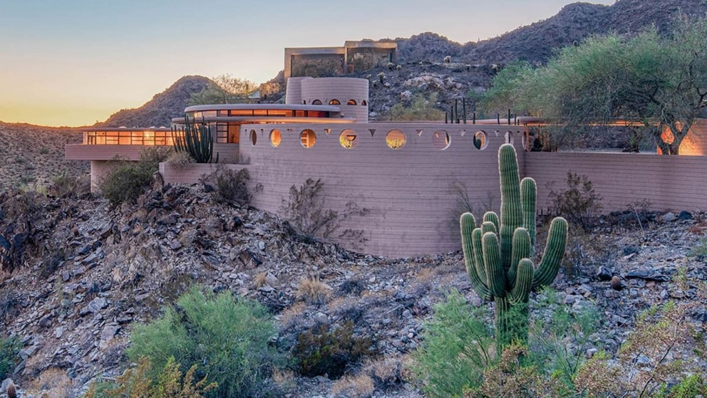 Last Frank Lloyd Wright home sells for $1.67 million