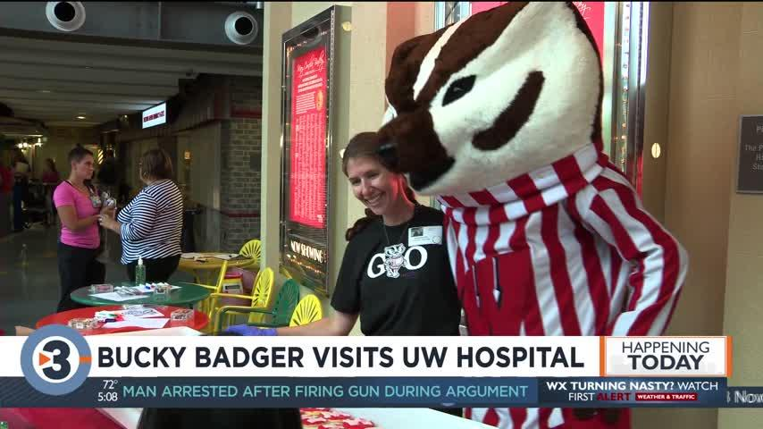 Bucky Badger visits UW Hospital