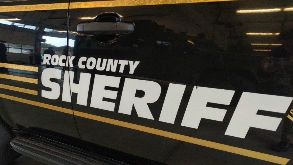Rock County Sheriff's Office responds to head-on crash