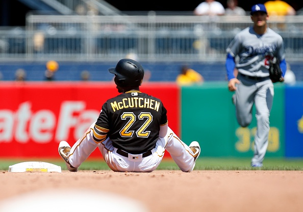 MLB Roundup: Pirates blow four-run lead, lose to Dodgers