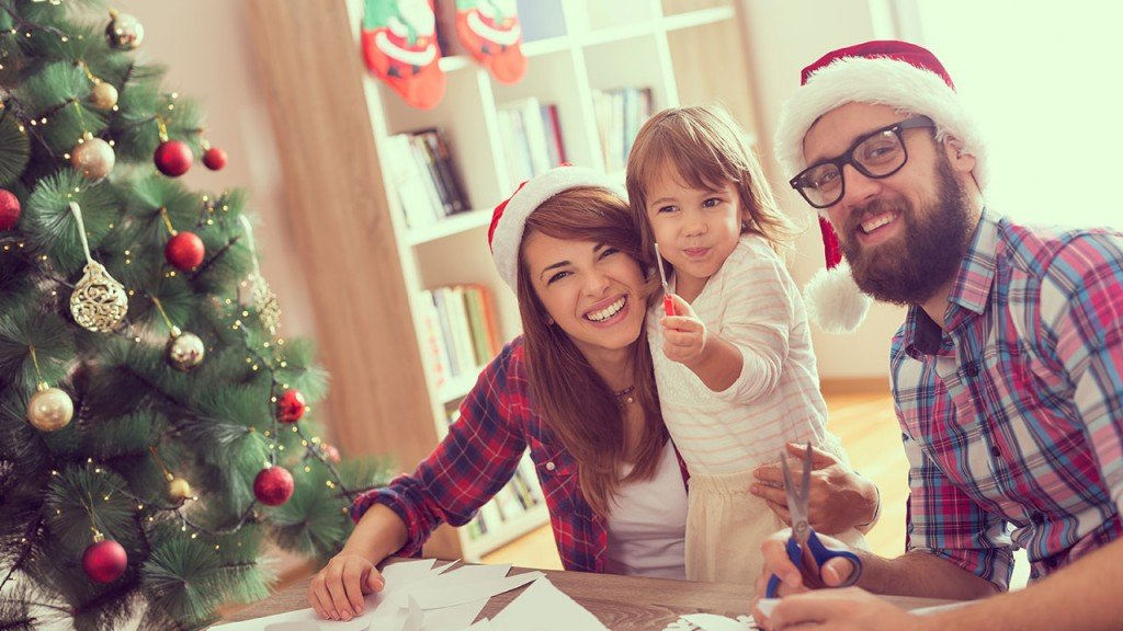 5 DIY holiday activities for the whole family