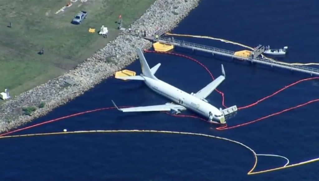 Plane that landed in river changed runways before landing