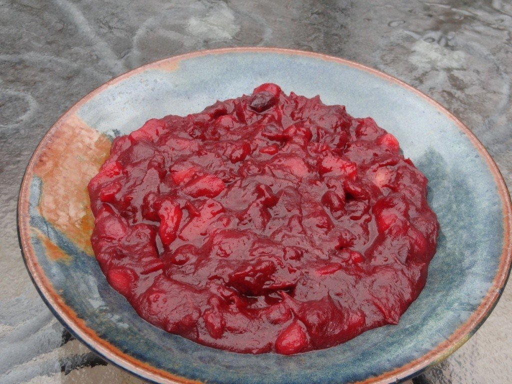 Donna's cranberry pear sauce
