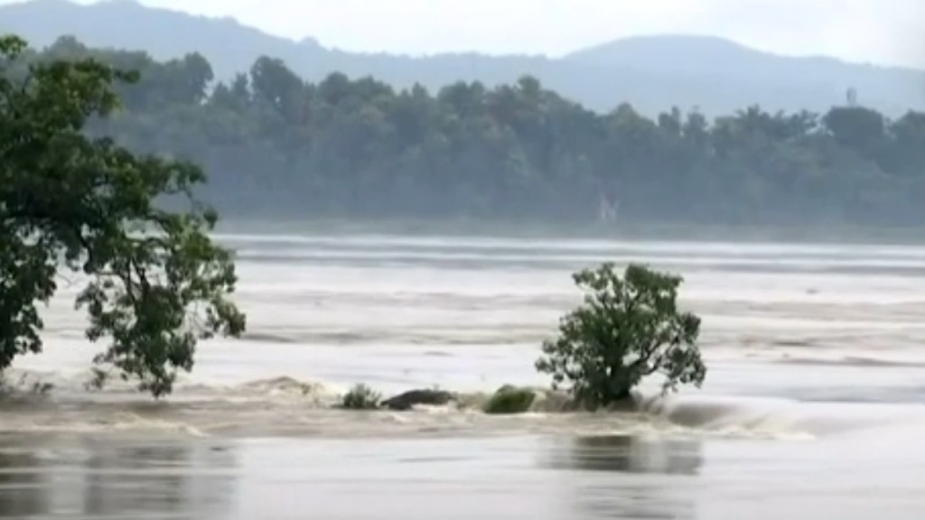 227 dead in South Asia after monsoon