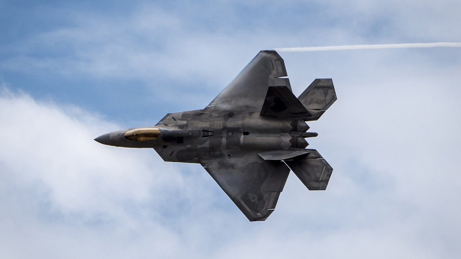 Pioneer African American Air Force F 22 Raptor Pilot Aims To Inspire