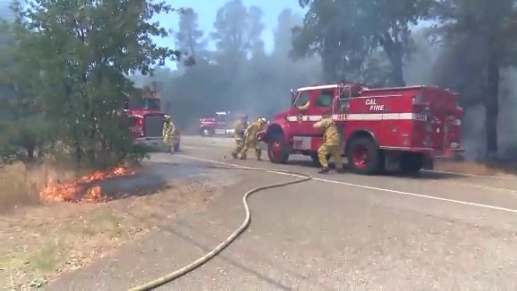 Fire scorches nearly 1K acres in 5 hours in S. California