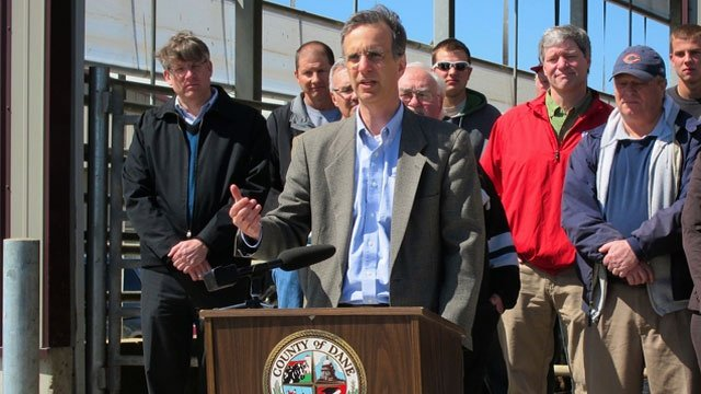 Dane County moves forward with second manure digester
