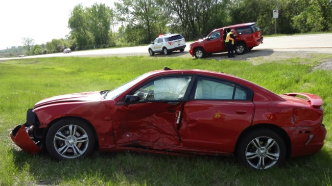 2 suffer serious injuries in Highway 151 crash