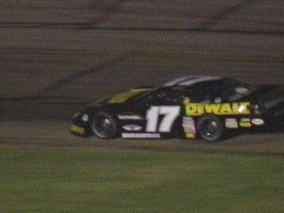 Kenseth finishes fourth at Texas 500