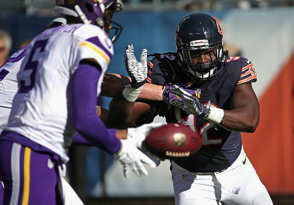 Peterson, Walsh lift Vikings over Bears 23-20