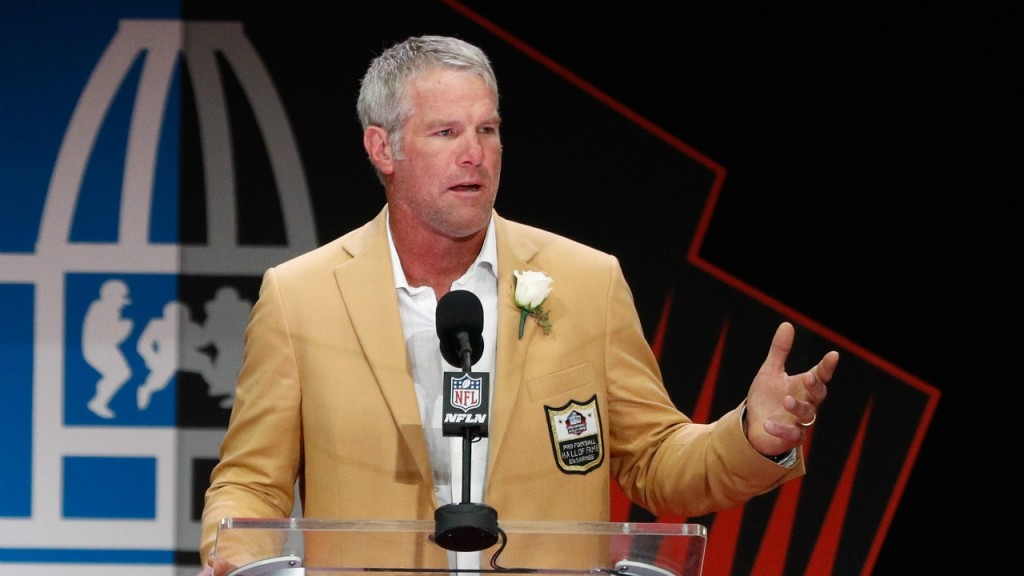 PHOTOS: Brett Favre's Hall of Fame induction ceremony