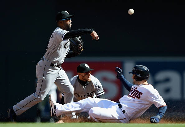 Twins remain winless after losing to White Sox in home opener