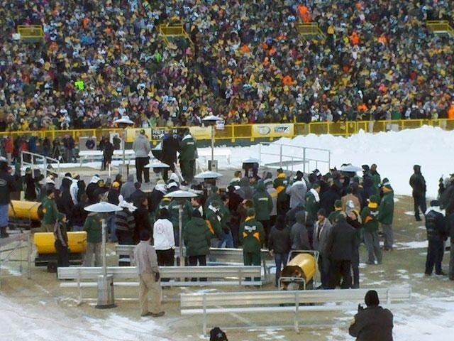 Packers Fans Celebrate At Lambeau Rally
