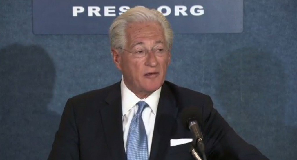 Source: Trump's lawyer to file complaint against Comey