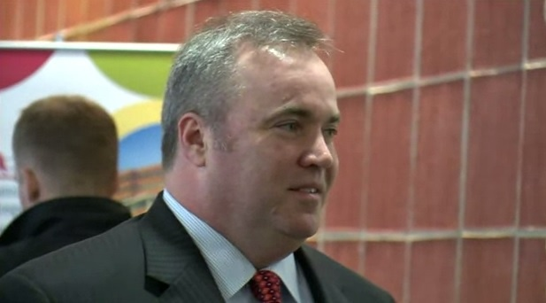 Mike McCarthy's younger brother dies Wednesday