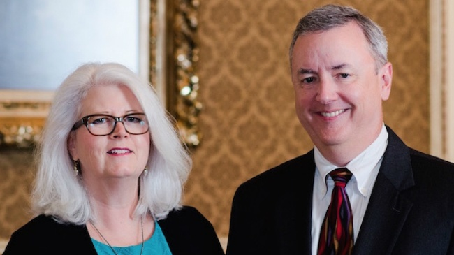Couple donates $10M to UW for scholarships, faculty positions