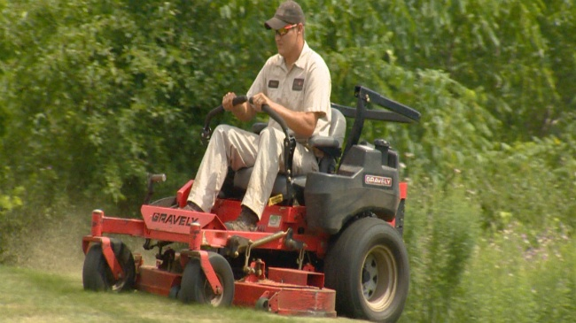 Consumer Reports: Best buy lawn mowers