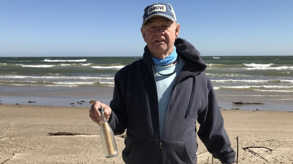 Couple finds message in a bottle sent in early '60s