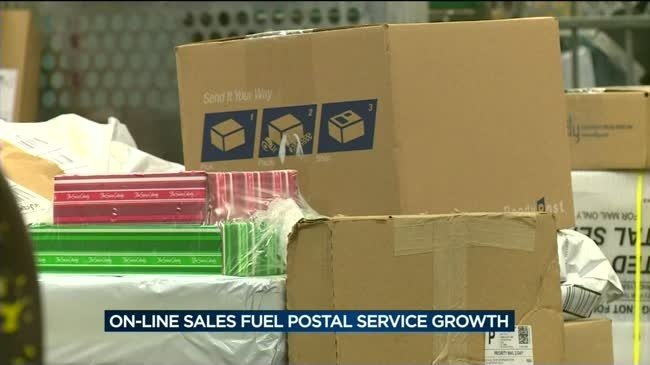 Online sales fuel growth in U.S. Postal Service