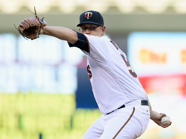 Duffey leads to Twins to win over Astros