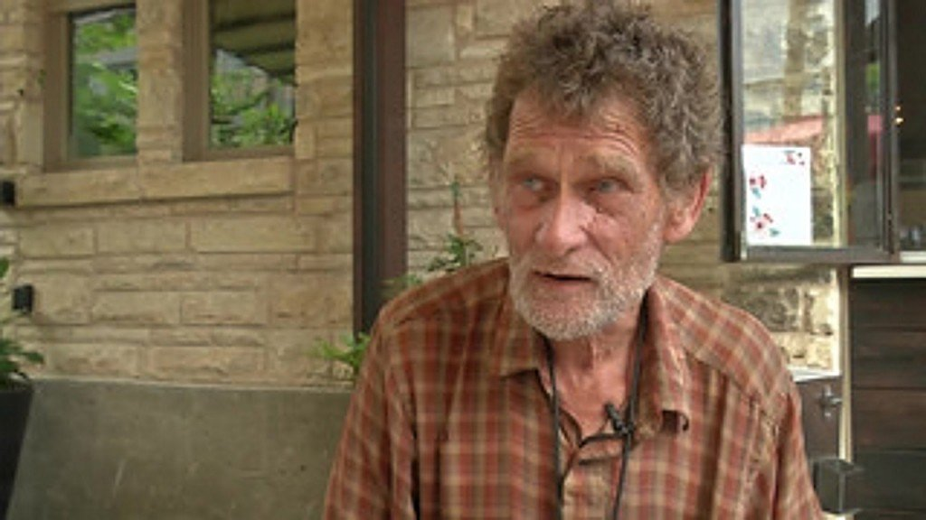 After four decades, homeless man returns to college