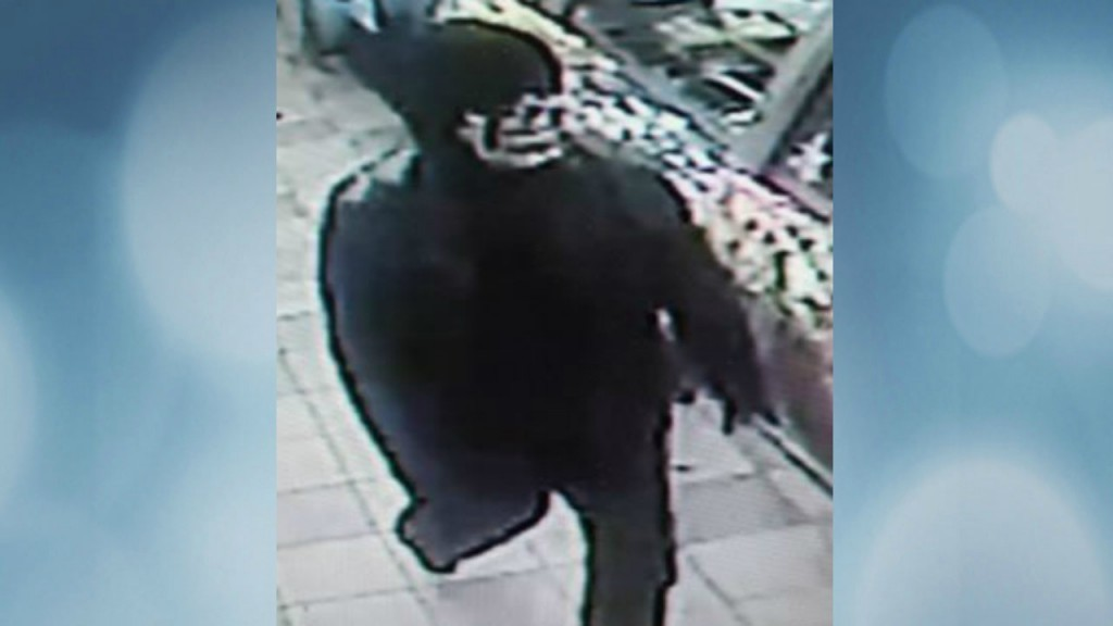 Masked, armed person robs Subway at knifepoint, Whitewater police say
