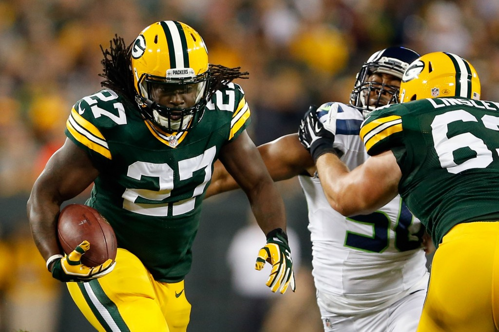 Lacy battling injury; Rodgers fine with Starks