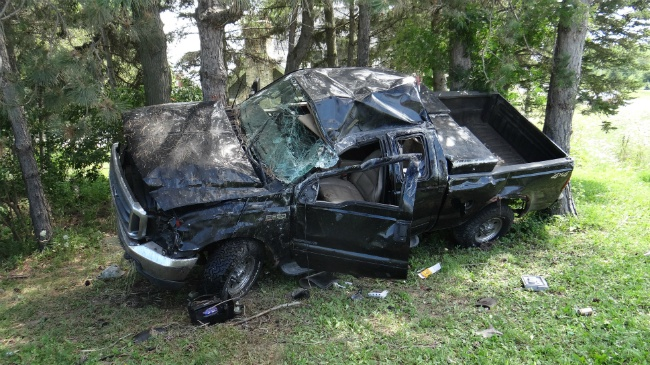 Huber inmate, passenger flee from crash reportedly involving alcohol