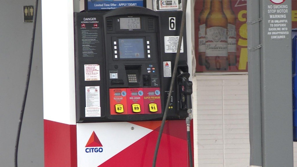 Low gas prices could be factor in increased traffic deaths