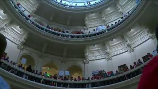 Protest, turmoil rock last day of Texas legislative session