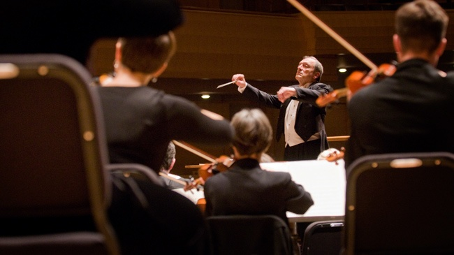 Review: MSO ends season in grand style