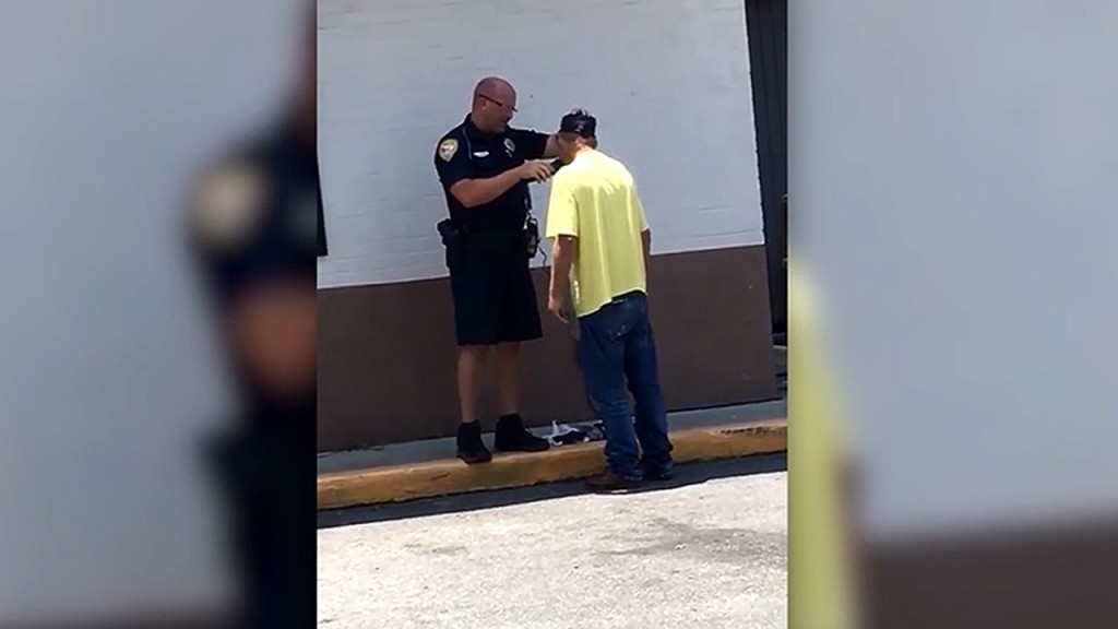 Homeless man needed help to land a job, so officer gave him a shave