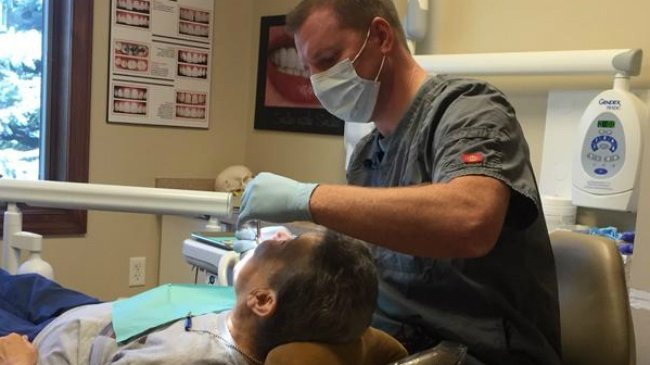 Janesville man mistaken for dentist who killed Cecil the lion