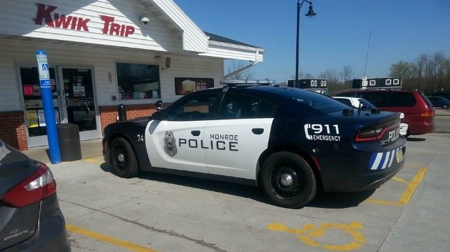 Police officer ticketed for parking in handicapped spot