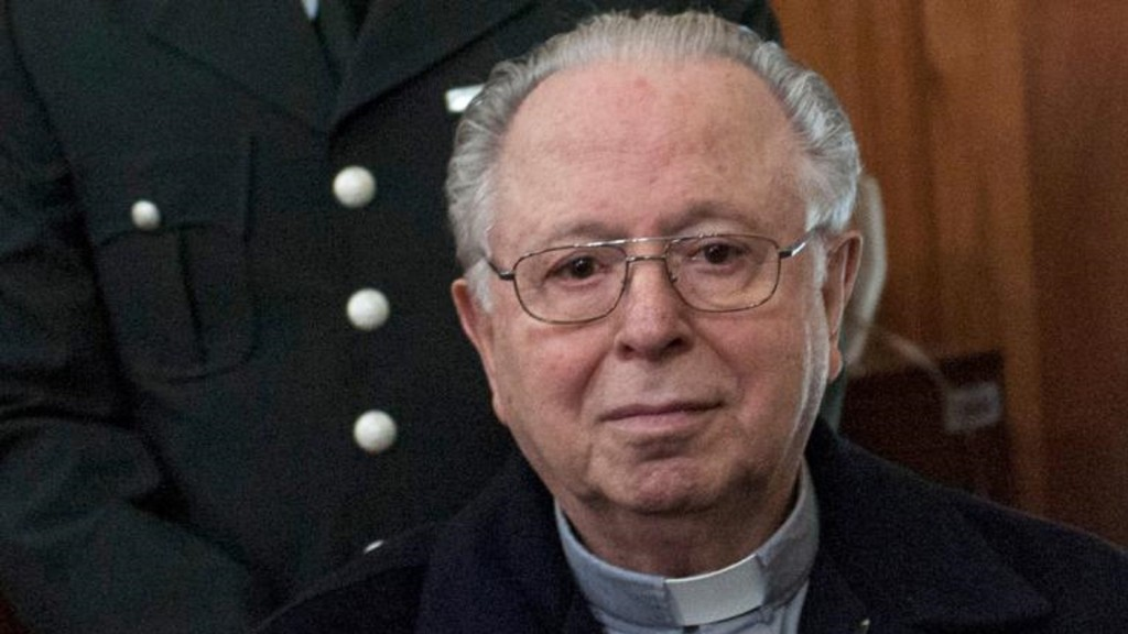 Pope defrocks Chilean priest in sex abuse scandal
