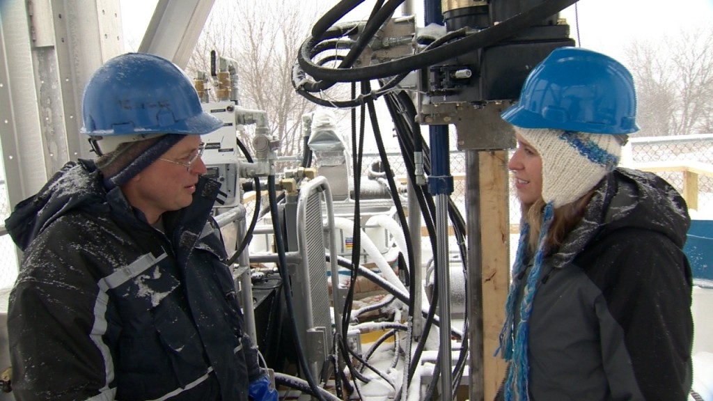 UW team tests drill to be used in Antarctica climate studies