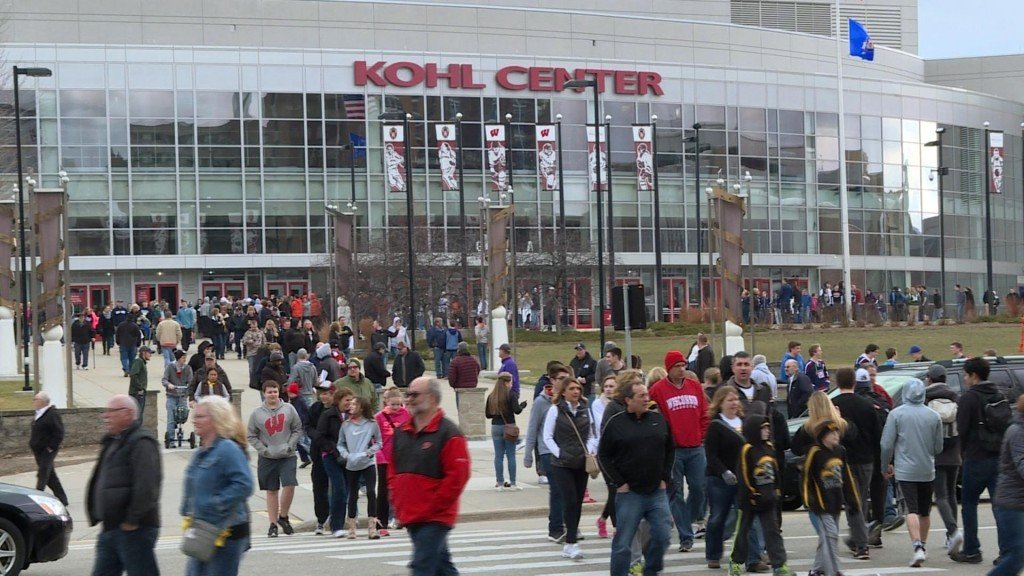 WIAA basketball tournament brings fans, dollars to Madison