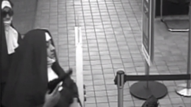Women dressed as nuns attempt to rob bank