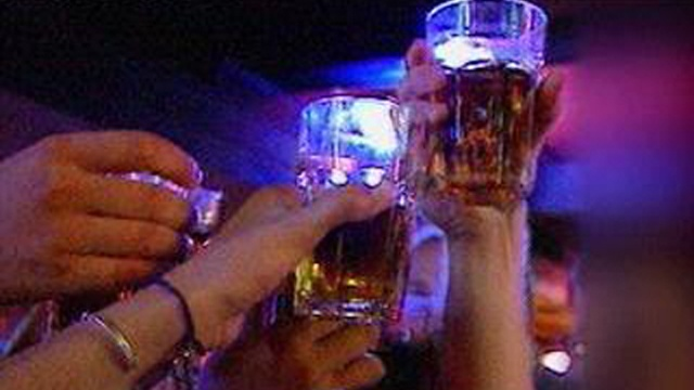 Oregon cracks down on adults who allow teen drinking parties
