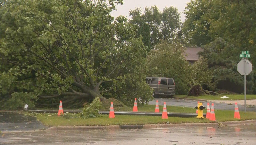 NWS: Tornado confirmed in Fort Atkinson