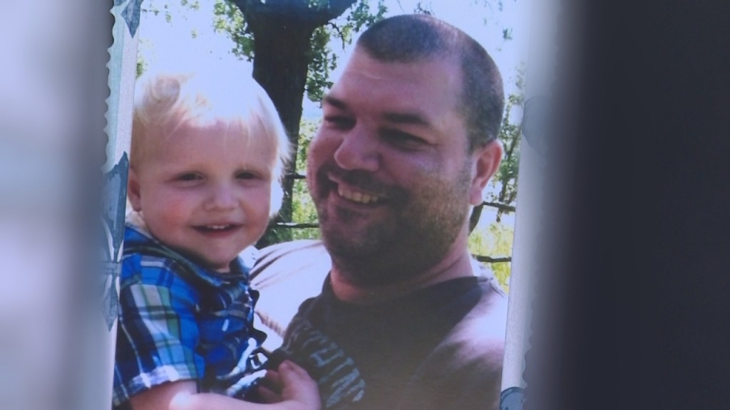 Family shocked after Evansville man killed in bee attack