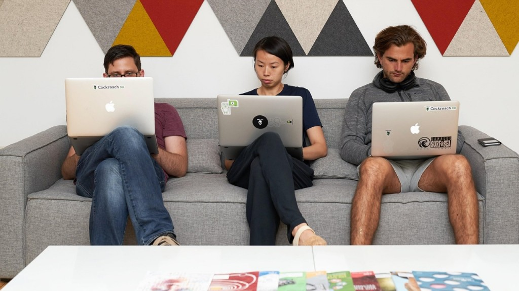 More companies try four-day work weeks