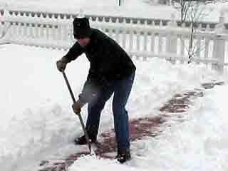 Snowed in: Madison residents pay $125K in shoveling fines