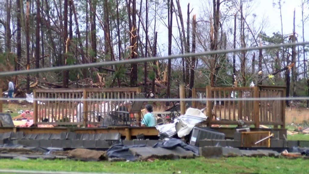 Tornado survivor says she missed onslaught 'by minutes'
