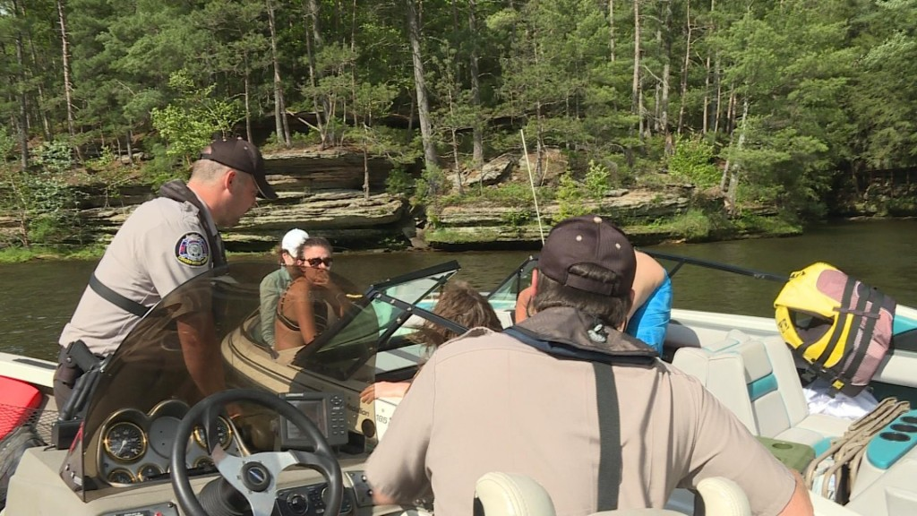 Wardens offer Wisconsin River safety tips