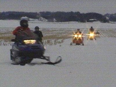 Dane County snowmobile trails remain closed