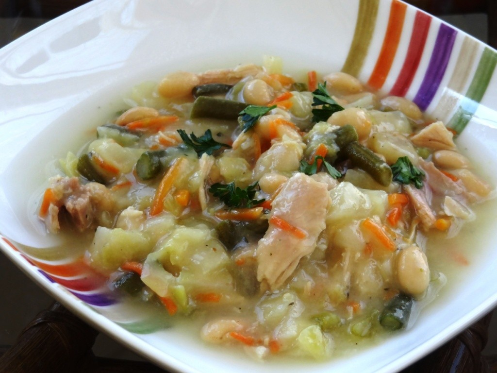 Donna's Chicken Soup with Vegetables and Beans